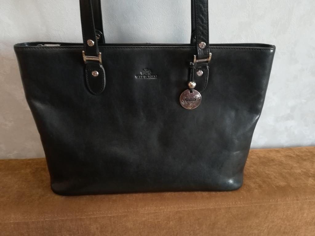 b663a04dc3ac Продам стильную сумку, бренд Wittchen, качественная натуральная кожа, цвет  чёрный, размер 37*27, состояние новой сумки.