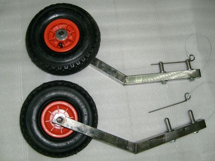 крепить транцевые колеса