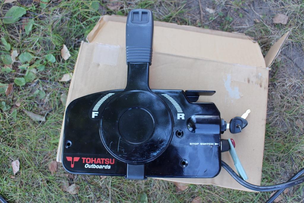 лодочный мотор с машинкой фото