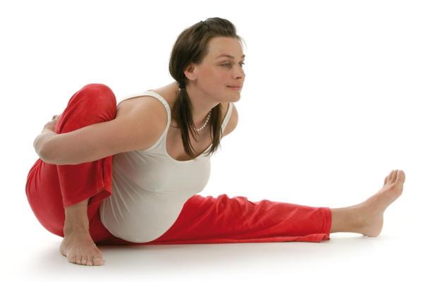 Упражнения для поясницы во время беременности