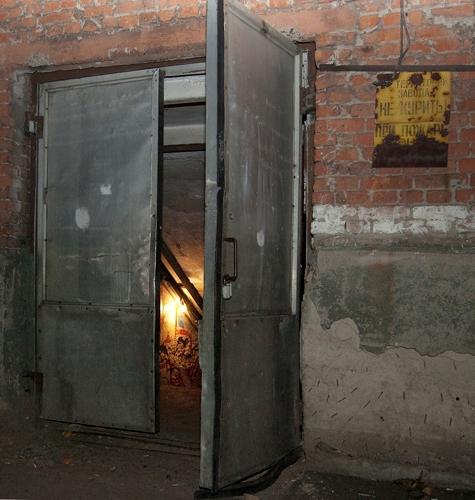 двери металлические простые для подвала