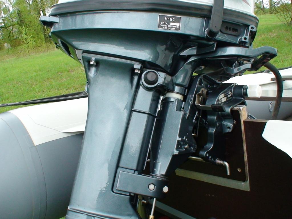 Вода в двигателе лодочного мотора