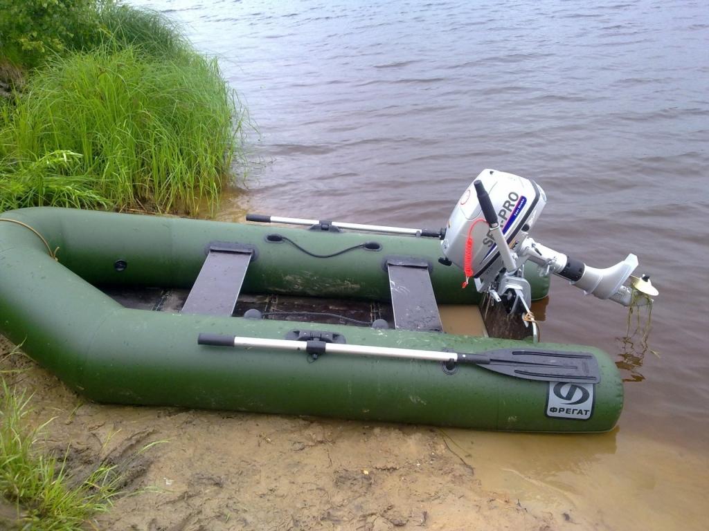 Продажа резиновых лодок б у с мотором