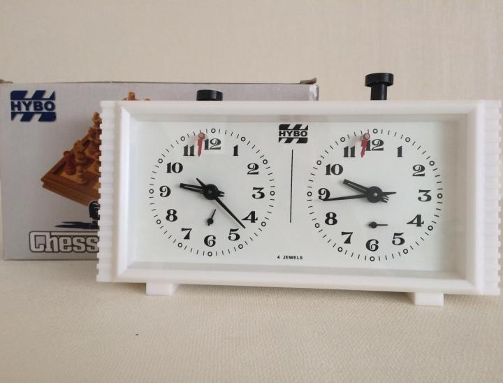 Часы шахматные продам принимают часы ломбарде в позолоченные