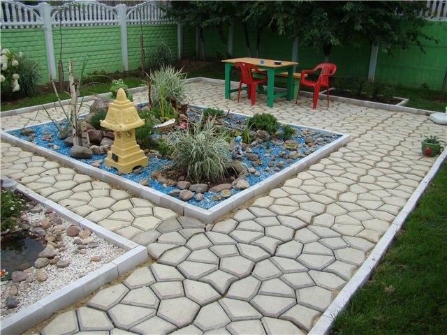 Плитка на садовые дорожки своими руками 1