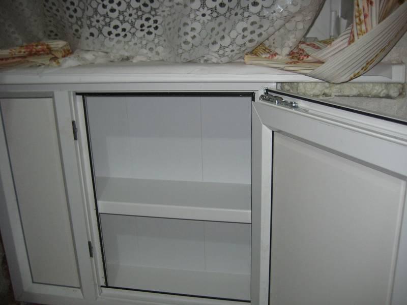 Отделка зимнего холодильника под окном offremont.com - Ваш советник по отделке и ремонту
