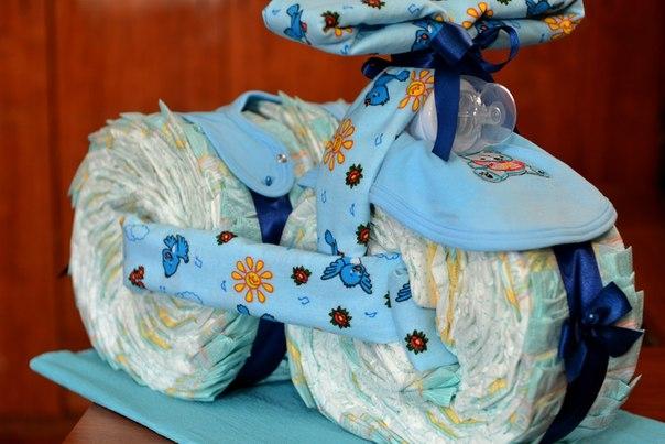 254Подарки новорожденным из памперсов своими руками