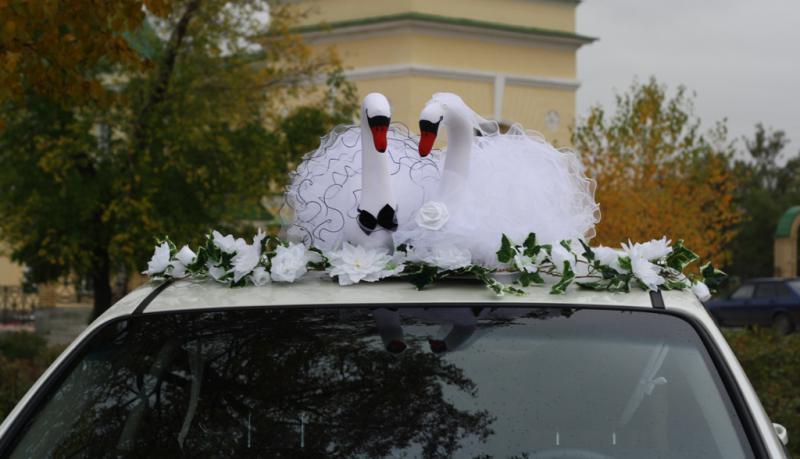 Как сделать лебеди на свадебную машину своими руками